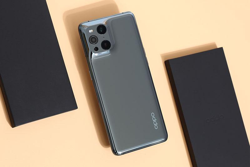 Find X3 Pro 5G sở hữu cụm 4 camera