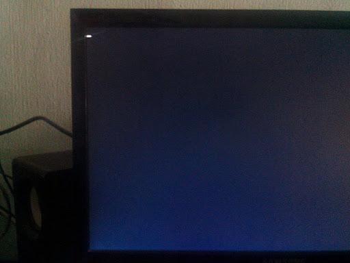 Nguyên nhân và cách khắc phục màn hình laptop bị đen